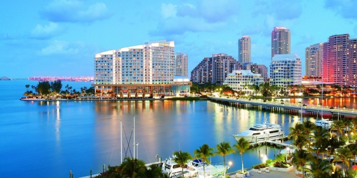 Read about the 3 famous places to visit in Miami while on a vacation